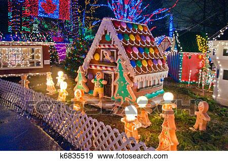 Haus Weihnachtsbeleuchtung.Süßigkeit Haus Mit Weihnachtsbeleuchtung Stock Illustration