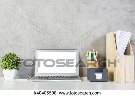 Ufficio Legno Bianco : Immagini scrivania ufficio con bianco quaderno k40405508