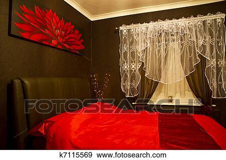 Stock Fotografie - romantische, rood, -, bruine, slaapkamer k7115569 ...