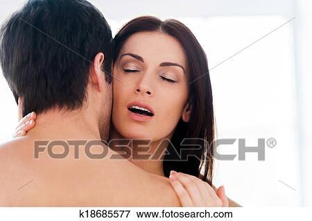 Lesbische sex slaaf gestraft