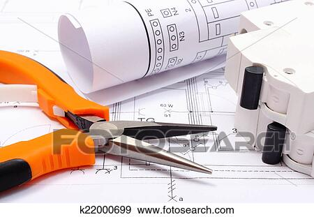 Schemi Elettrici Casa : Elettrico schemi elettrico fusibile e lavoro attrezzi su