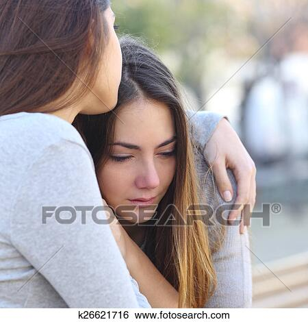 how to comfort a girl when she is crying
