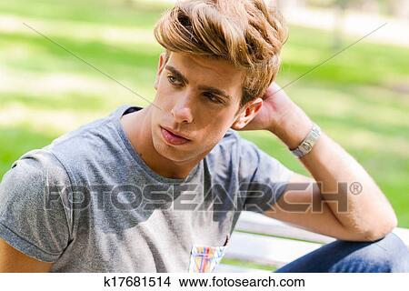 Coleccion De Foto Retrato De Un Joven Guapo Hombre Modelo - Pelo-rubio-hombre