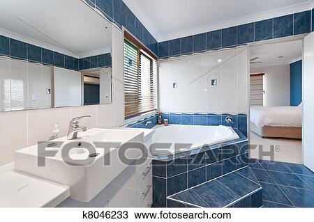 Colección de foto - moderno, lujo, cuarto de baño k8046233 - Buscar ...