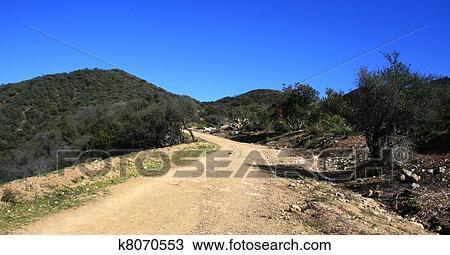5d0dc224 Tilhenger, canyon, brann, vei, 2 Arkivbilde   k8070553   Fotosearch