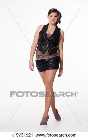 3b6e54725c Mujer joven