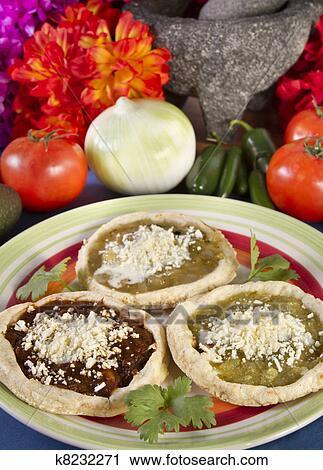 best website a660b 69755 Sopes, piatto, pietanza, cibo messicano Archivio Immagini