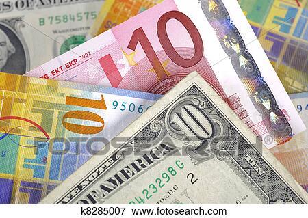 Dólar Euro Y Franco Suizo Moneda