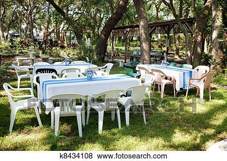 Bilder Gartenparty K8434108 Suche Stockfotos Bilder Print