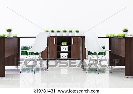 Stock Fotografie Schreibtische Und Plastik Stuhle K19731431