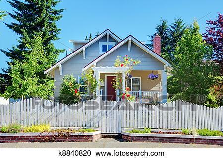 Barriere Maison banques de photographies - gris, petit, mignon, maison, à, barrière