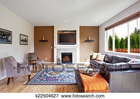 Bianco, e, marrone, tono, soggiorno, con, caminetto, e, tv Archivio ...
