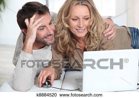 Interessante Online-Dating-Fragen zu stellen