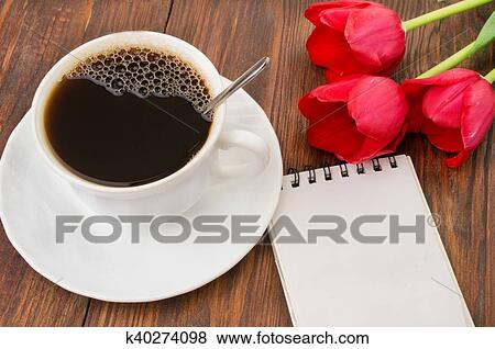 Tasse Café Tulipes Et Bonjour Masage Banque De Photo