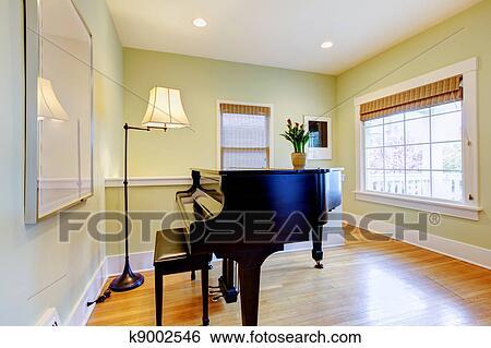 Archivio di immagini soggiorno con pianoforte nero e grande