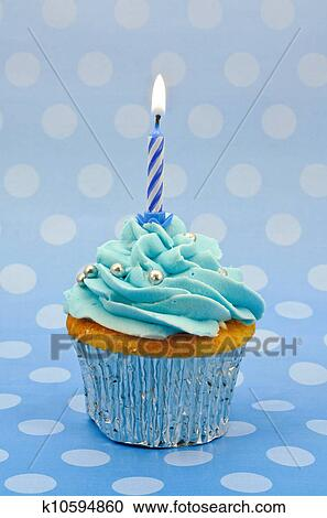 Stock Fotografie Babyblau Erster Geburtstag Cupcake K10594860