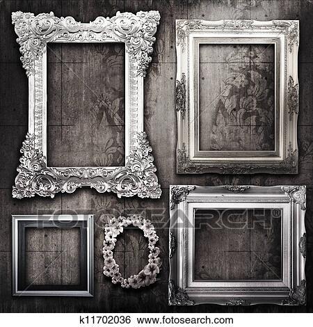 1a661a6a Arkivfotografi - grungy, rom, med, sølv, rammer, og, viktoriansk,