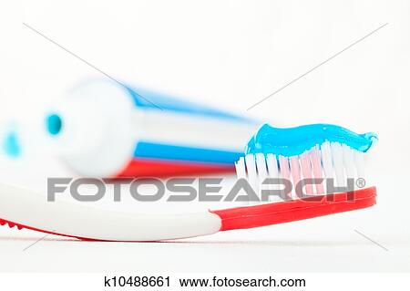 Banques de photographies tube dentifrice c t a - Brosse a dent bleu blanc rouge ...