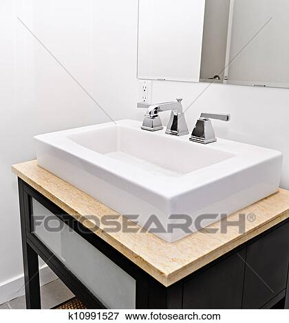luxury kitchen sink picture of bathroom sink k10991527 search stock 3920