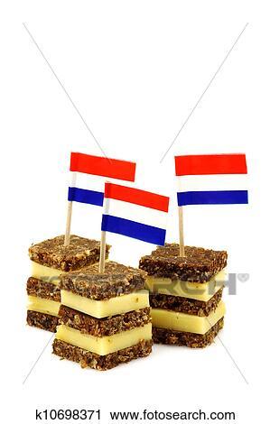 Welp Roggebrood, en kaas, hapjes Stock Afbeelding | k10698371 | Fotosearch OA-58
