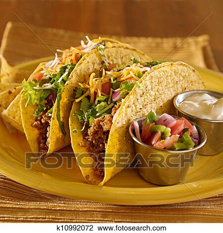 superior quality f123e 63641 Tacos, su, uno, piatto da portata, con, tortillas, -, cibo messicano  Archivio Immagini