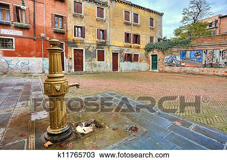 Colorful Courtyard Venice Italy Stock Image K11765703