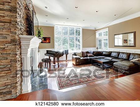 Stock Bild   Hell, Luxus, Wohnzimmer, Mit, Stein, Kaminofen, Und