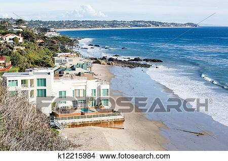 Houses By Ocean In Malibu California Picture K12215984 Fotosearch