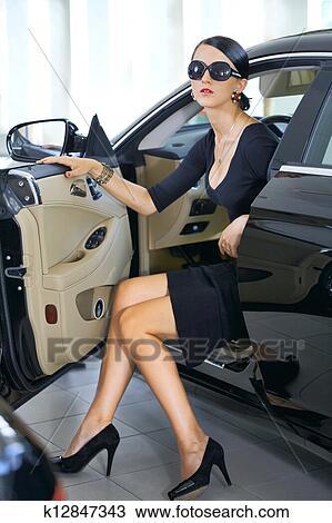 femme cherche chauffeur tunisie