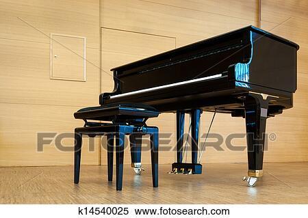 Archivio immagini nero pianoforte a coda con musica sgabello