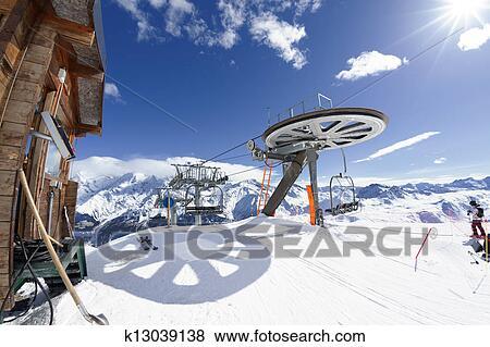 Bilder Ski Sessellift Ankunft In Alpin Berg K13039138 Suche