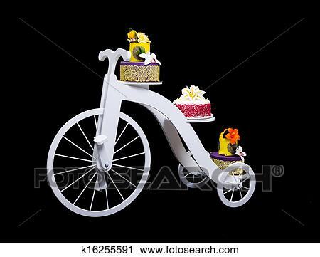 Stock Fotografie Einmalig Fahrrad Kuchen Standplatz Mit Drei