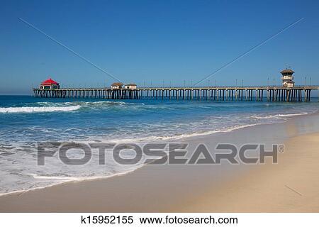 Huntington Beach Pier Surf City Usa With Liuard Tower Stock Photography