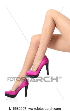 Image belle femme jambes porter a lev stiletto for Collant mural francais