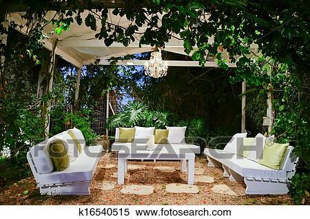 Archivio immagini romantico atmosfera in il sera su for Disegni ponte veranda