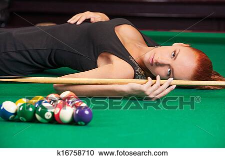 Exceptionnel Sexy Pool Player. Beautiful Young Female Pool Player In Black Dress Lying  On The Billiard Table And Looking At Camera