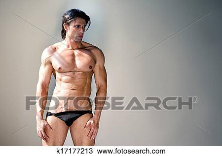 fulde figurer modeller nøgen