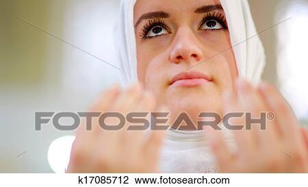 Stock Photo Of Muslim Girl Praying K17085712 Search Stock