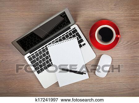 Image Vide Bloc Notes Sur Ordinateur Portable Et Tasse A Cafe
