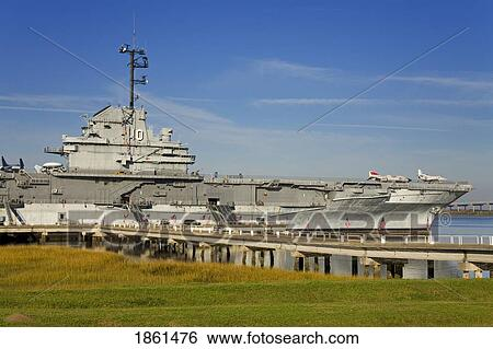Stock Images Of Uss Yorktown Aircraft Carrier Patriots Point Naval