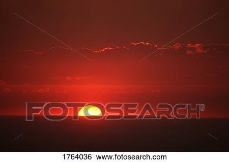 Cielo Rosso Di Notte.Archivio Di Immagini Cielo Rosso Notte 1764036 Cerca Archivi
