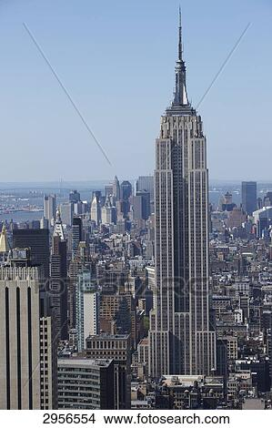 View From The Rockefeller Center To Manhattan Skyline With Empire