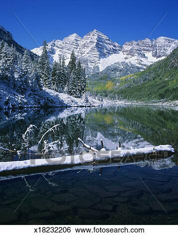 Usa Colorado Maroon Bells And Maroon Lake With Snow Autumn Stock Photograph