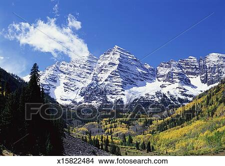 Maroon Bell Mountain, Maroon Bells, Colorado USA Picture