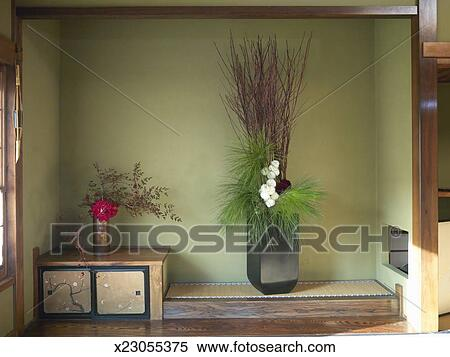 Banque D Image Arrangement Fleur Interieur Maison X23055375