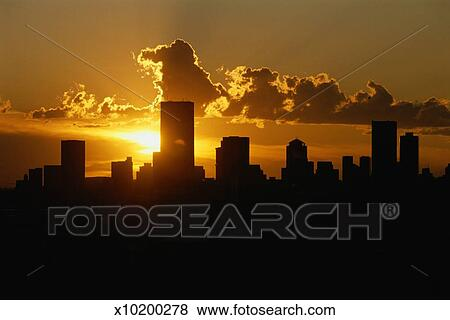 Pictures of south africa gauteng johannesburg skyline at sunset south africa gauteng johannesburg skyline at sunset altavistaventures Choice Image
