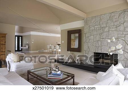 Archivio fotografico - casa, interior:, soggiorno, e, caminetto ...