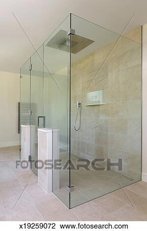 Diseño costumbre, vidrio, ducha, de, maestro, cuarto de baño ...