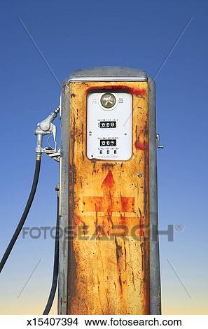 Old gas pump Picture