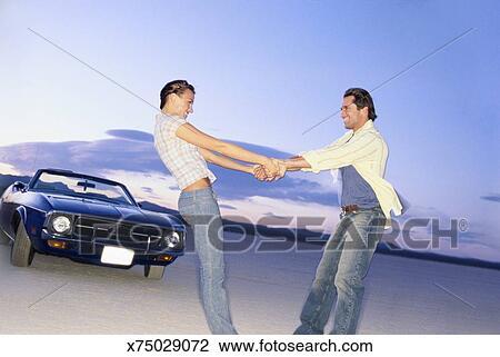 Paar Im Auto Handchen Halten Cmgdigitalstudios